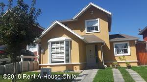Casa En Ventaen Santiago, Puente Alto, Chile, CL RAH: 18-32