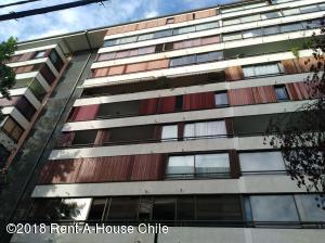 Departamento En Arriendoen Santiago, Providencia, Chile, CL RAH: 18-44