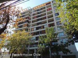 Departamento En Ventaen Santiago, Nuñoa, Chile, CL RAH: 18-48