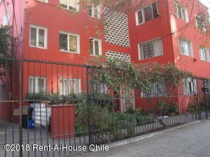 Departamento En Arriendoen Santiago, Nuñoa, Chile, CL RAH: 18-55