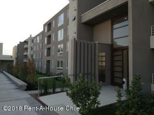 Departamento En Arriendoen Santiago, Huechuraba, Chile, CL RAH: 18-57