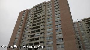Departamento En Ventaen Santiago, Nuñoa, Chile, CL RAH: 18-60