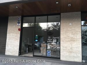 Local Comercial En Arriendoen Santiago, Providencia, Chile, CL RAH: 18-65
