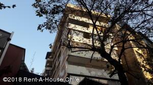 Departamento En Ventaen Santiago, Providencia, Chile, CL RAH: 18-84