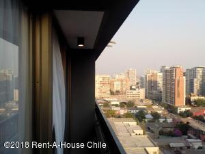 Departamento En Arriendoen Santiago, Santiago Centro, Chile, CL RAH: 18-110