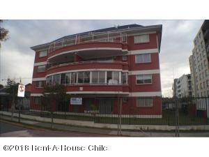 Departamento En Ventaen Santiago, La Florida, Chile, CL RAH: 18-115