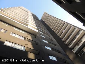Departamento En Arriendoen Santiago, Nuñoa, Chile, CL RAH: 18-129