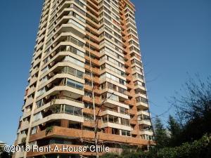 Departamento En Ventaen Santiago, Las Condes, Chile, CL RAH: 18-133