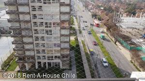 Departamento En Arriendoen Santiago, Huechuraba, Chile, CL RAH: 18-136
