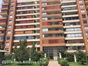 Departamento En Ventaen Santiago, Huechuraba, Chile, CL RAH: 18-141