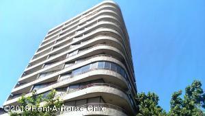 Departamento En Arriendoen Santiago, Providencia, Chile, CL RAH: 18-167