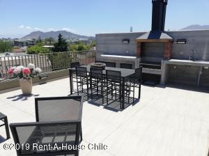 Departamento En Arriendoen Santiago, Nuñoa, Chile, CL RAH: 19-9