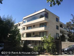 Departamento En Arriendoen Santiago, Lo Barnechea, Chile, CL RAH: 19-31