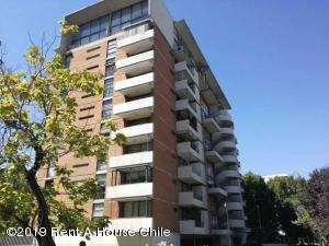 Departamento En Arriendoen Santiago, Providencia, Chile, CL RAH: 19-33