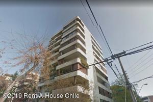 Departamento En Arriendoen Santiago, Providencia, Chile, CL RAH: 19-44
