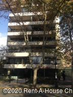 Departamento En Ventaen Santiago, Providencia, Chile, CL RAH: 20-14