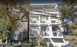 Departamento En Ventaen Santiago, Providencia, Chile, CL RAH: 20-45