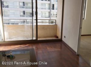 Departamento En Arriendoen Santiago, Santiago Centro, Chile, CL RAH: 20-63