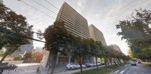 Departamento En Arriendoen Santiago, Las Condes, Chile, CL RAH: 21-18