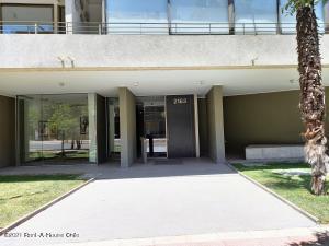 Departamento En Arriendoen Santiago, Providencia, Chile, CL RAH: 21-27