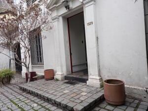 Edificio En Arriendoen Santiago, Providencia, Chile, CL RAH: 22-6