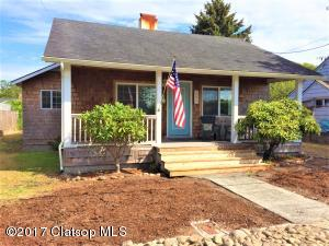 2233 S Downing St, Seaside, OR 97138