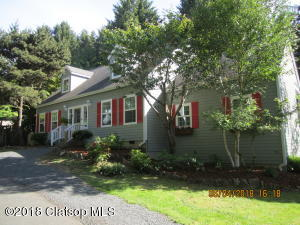 307 Sunset Blvd, Cannon Beach, OR 97110