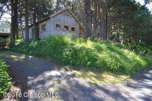 4039 S Pacific Ave, Cannon Beach, OR 97110