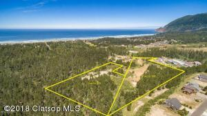 V/L County Road, Manzanita, OR 97130