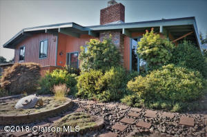 174 Madison Ave, Astoria, OR 97103