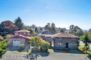 240 Manzanita Ave, Manzanita, OR 97130