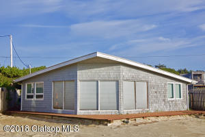 1033 Beach Street, Manzanita, OR 97130