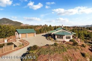 10100 Neahkahnie Creek Road, Manzanita, OR 97130