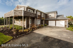 33147 Horizon Ln, Warrenton, OR 97146