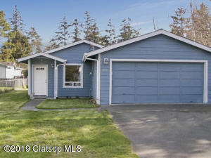 1224 2nd Avenue, Hammond, OR 97121