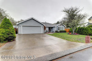 1639 8th Ct, Hammond, OR 97121