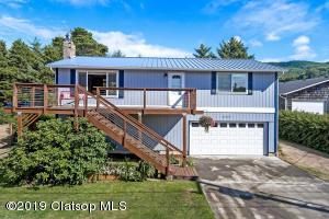 26325 Geneva Ave, Rockaway Beach, OR 97136