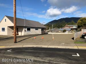 120 N Third St, Manzanita, OR 97130