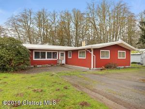330 8th Ave, Hammond, OR 97121