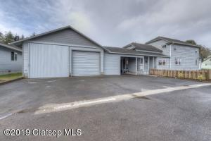 1120 Pacific Dr, Hammond, OR 97121