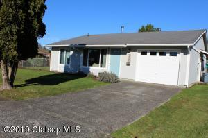 537 W Harbor Street, Warrenton, OR 97103