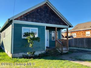 921 2nd Ave, Seaside, OR 97138