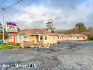 520/530 Highway 101, Rockaway Beach, OR 97136