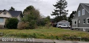 420 2nd Ave, Seaside, OR 97138