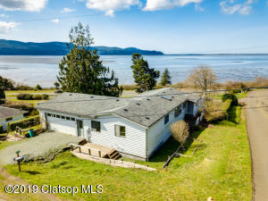 8990 7th St, Bay City, OR 97107
