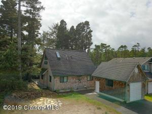7885 Pine Beach Loop, Rockaway Beach, OR 97136