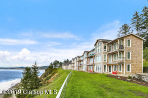 4016 Sunset Blvd, Seaside, OR 97138