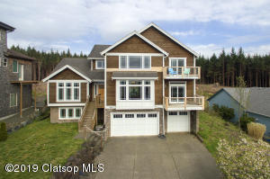 2080 Cooper Dr, Seaside, OR 97138