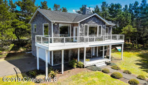 89763 Sea Breeze Dr, Warrenton, OR 97146