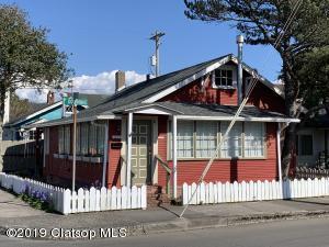 423 N Downing St, Seaside, OR 97138